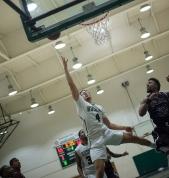 ELAC Basketball Tadzio